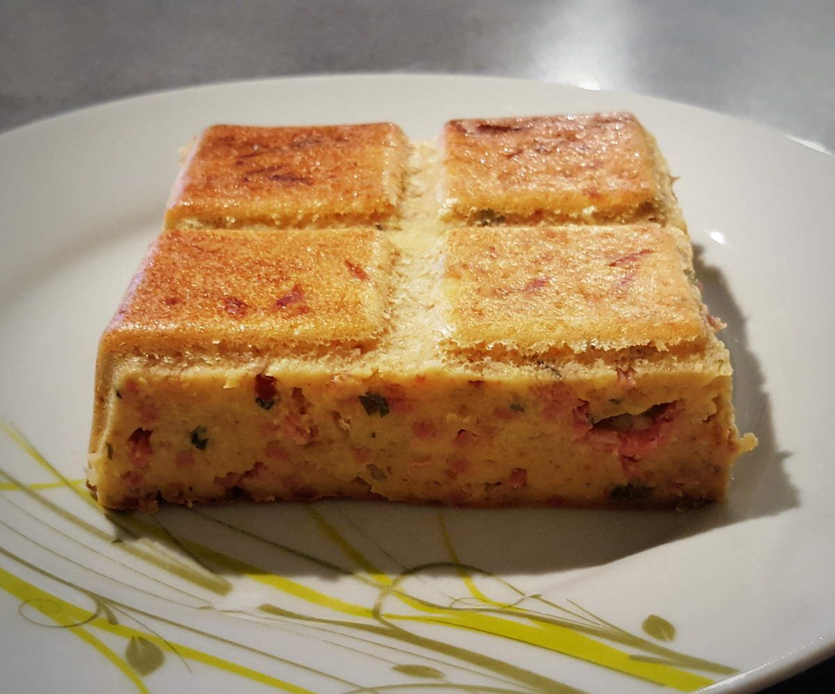gateau de pain rassis jambon fromage tr s pratique pour se faire manger avec les restes du. Black Bedroom Furniture Sets. Home Design Ideas