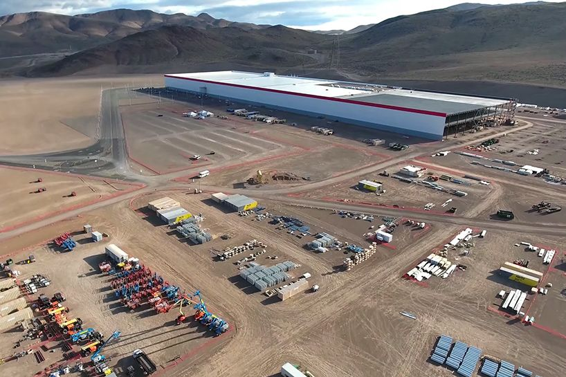 Drone Documents Construction Progress At Tesla S Gigafactory Tesla Nevada Construction