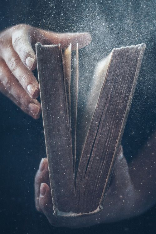 Heaven Ly Mind Old Books Book Aesthetic Book Photography