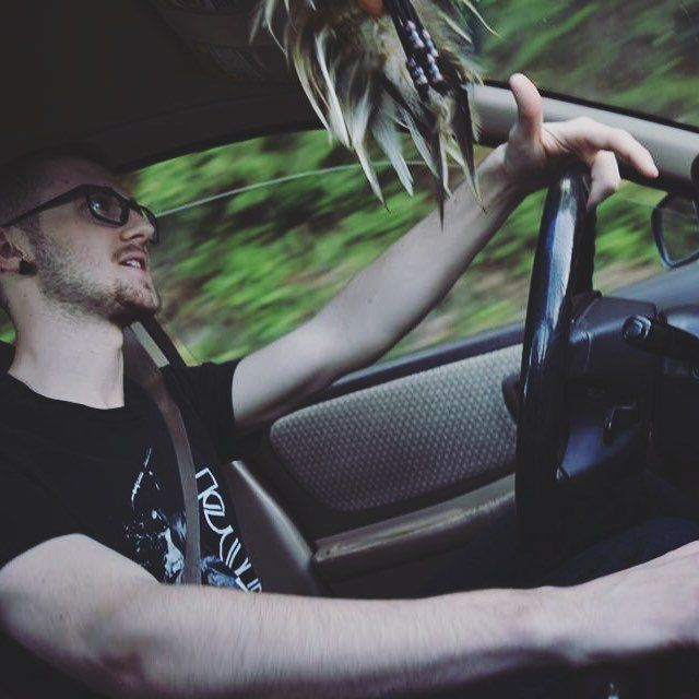 coasting. : @honeydewbees ______________________________________________ #throwback #subarunation #subaruimpreza # https://t.co/q4MDLtQO9d