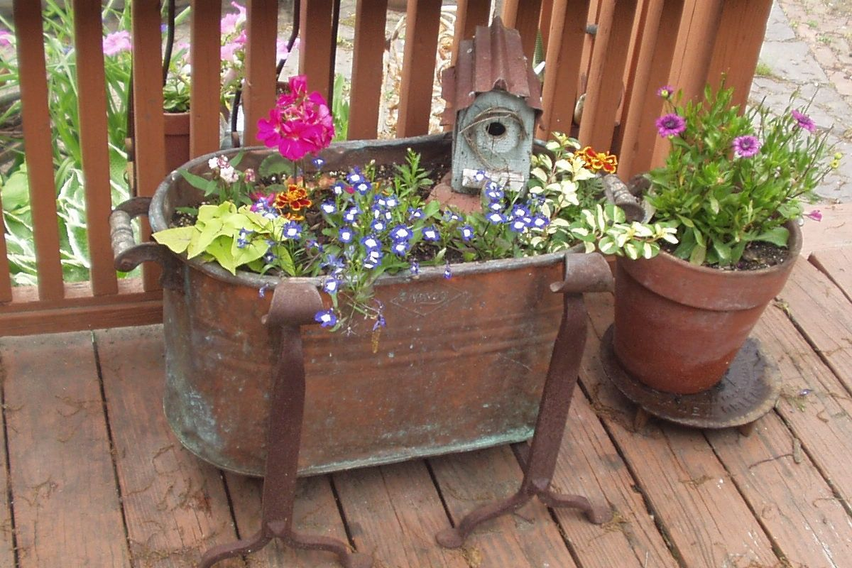 Copper Boiler Planter Copper Planters Decks And Porches Flower Garden