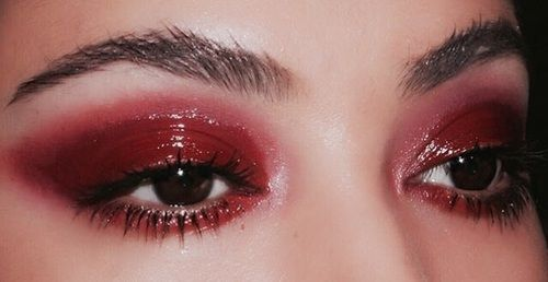 Red Glossy Eyeshadow Red Eye Makeup Eye Makeup Aesthetic Makeup