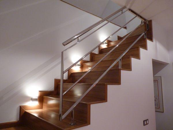 Escaleras de acero con baranda exterior buscar con for Barandilla escalera exterior