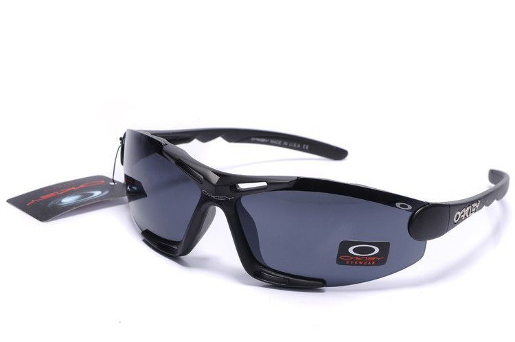 oakley sport sunglasses sale  New Oakley Sport Sunglasses Black Frame Blue Lens