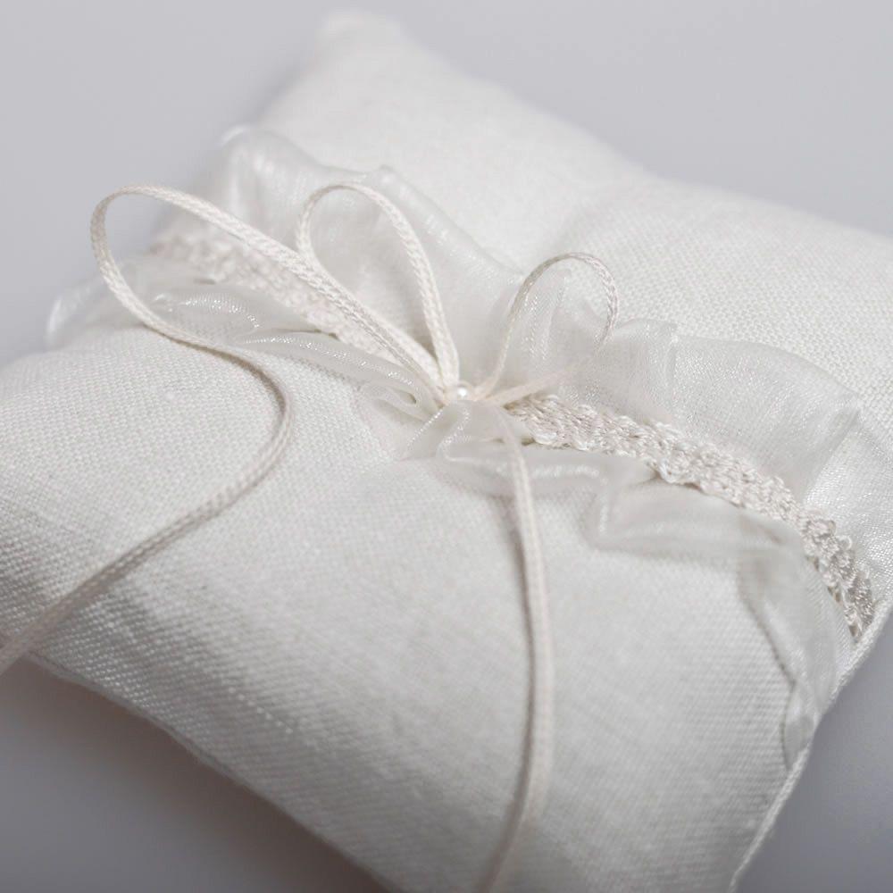 Ivy Wedding Ring Cushion