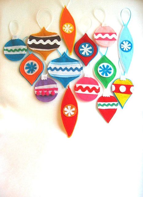 Christmas Tree Ornaments Retro Style Made From Eco Friendly Felt Set Of 5
