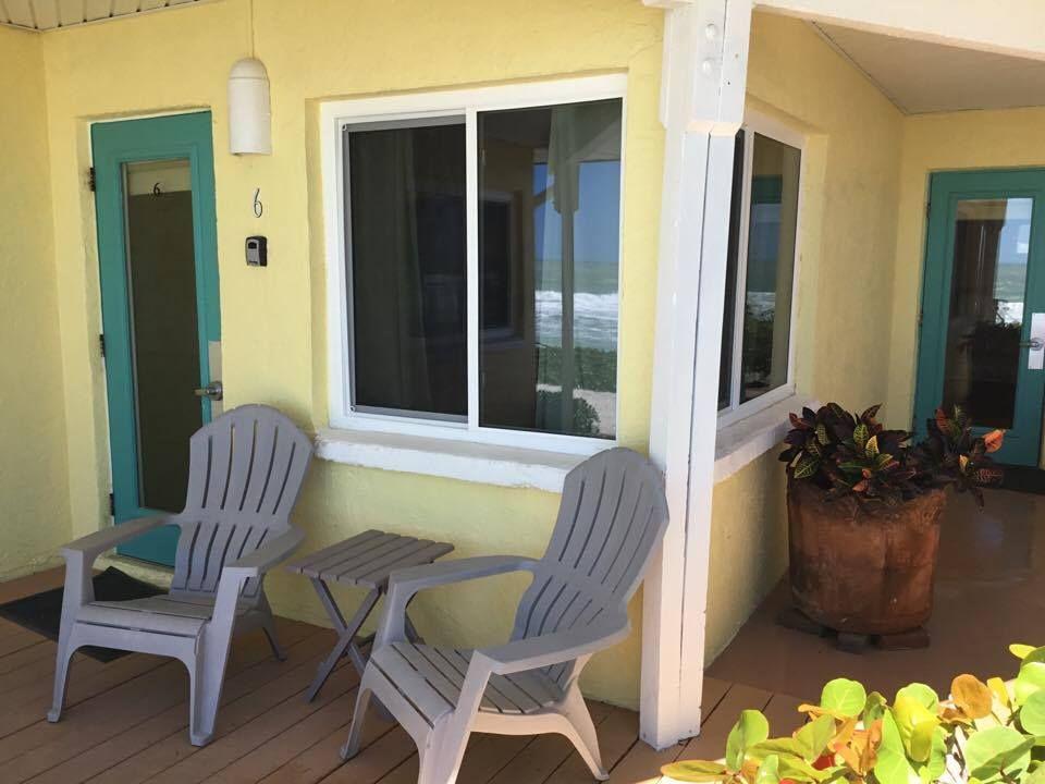 Room 6 at The Pearl Beach Inn! | Pearl beach, Florida ...