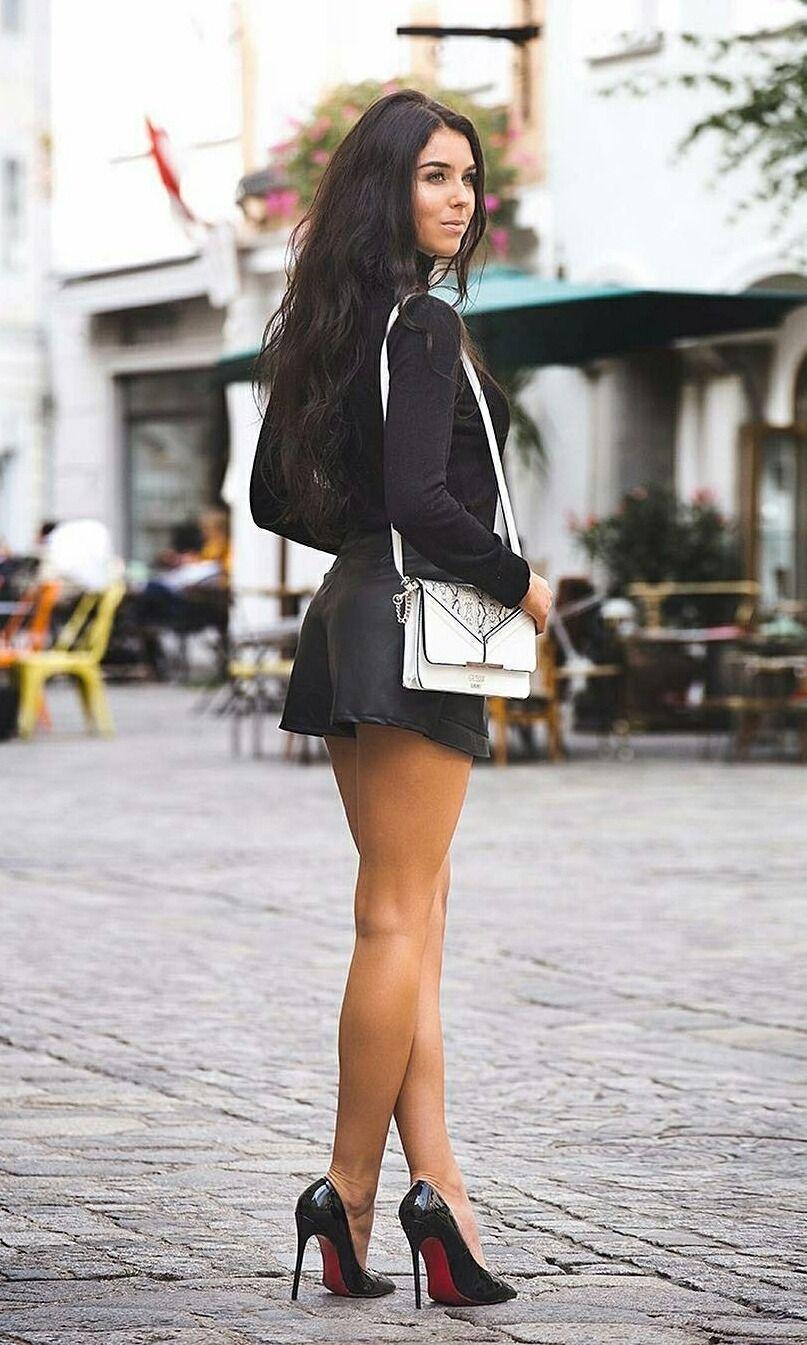 badd boy stilettos legs tenue glamour chaussures louboutin et talons. Black Bedroom Furniture Sets. Home Design Ideas