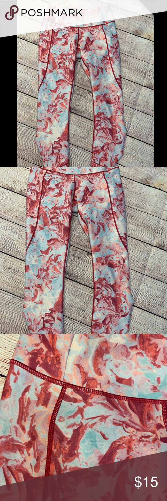 Calio by Carrie Underwood Workout Pants Size XSmall Three-quarter length workout pants with ruched legs Beautiful light blue and red floral pattern Tag no longer shows size but they are XS CALIA by Carrie Underwood Pants Leggings #carrieunderwoodlegworkout