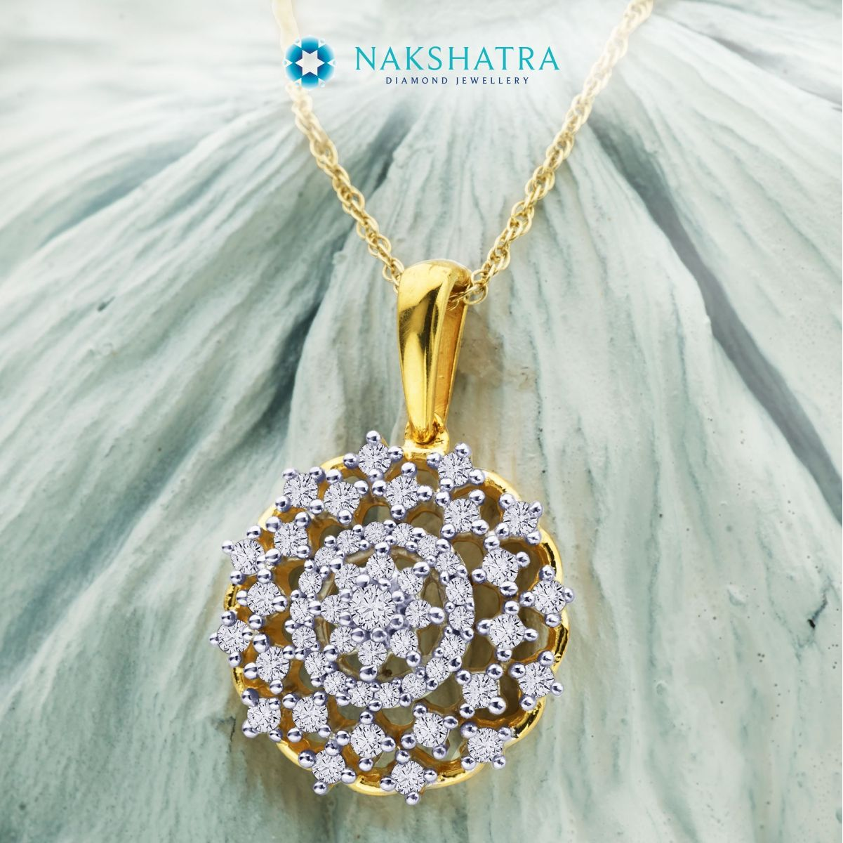 An intricate ‪#‎diamond‬ pendant from ‪#‎Nakshatra‬ that evokes glorious images of the Sun, the stars and the symmetry of planetary movement. Divine beauty! ‪#‎Pendant‬ ‪#‎DiamondJewellery‬ ‪#‎DiamondPendant‬