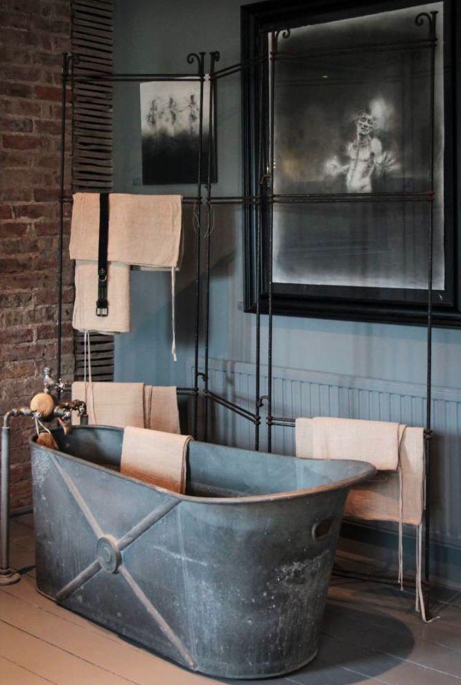 Antique Zinc Tub Interiores Industriales Diseno De Interiores