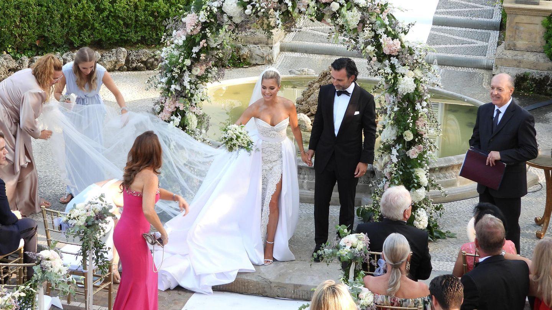 Ihre Funf Brautkleider Im Vergleich Kleid Hochzeit Hochzeit Kleid Standesamt Braut