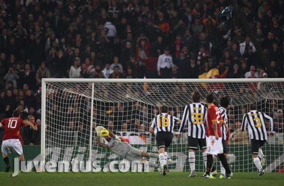Serie A 11/12 15° giornata  12/12/11  Roma-Juventus 1-1    5' De Rossi (Roma)  61' Chiellini