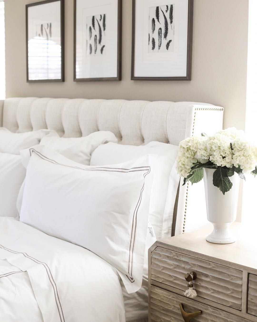 Hotel inspired bright and clean bedroom inspiration ❤️ Cream