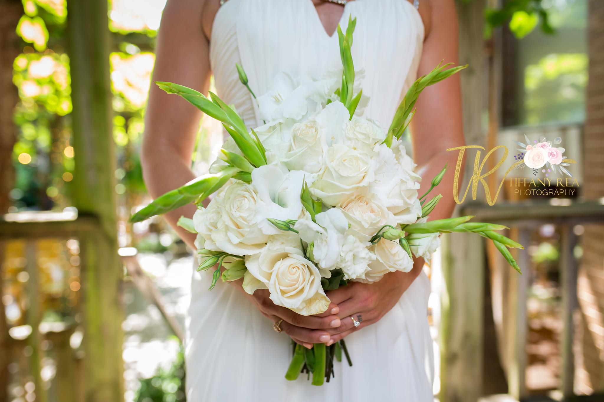 Garden Room Wedding Fayetteville Arkansas Bride White Bouquet