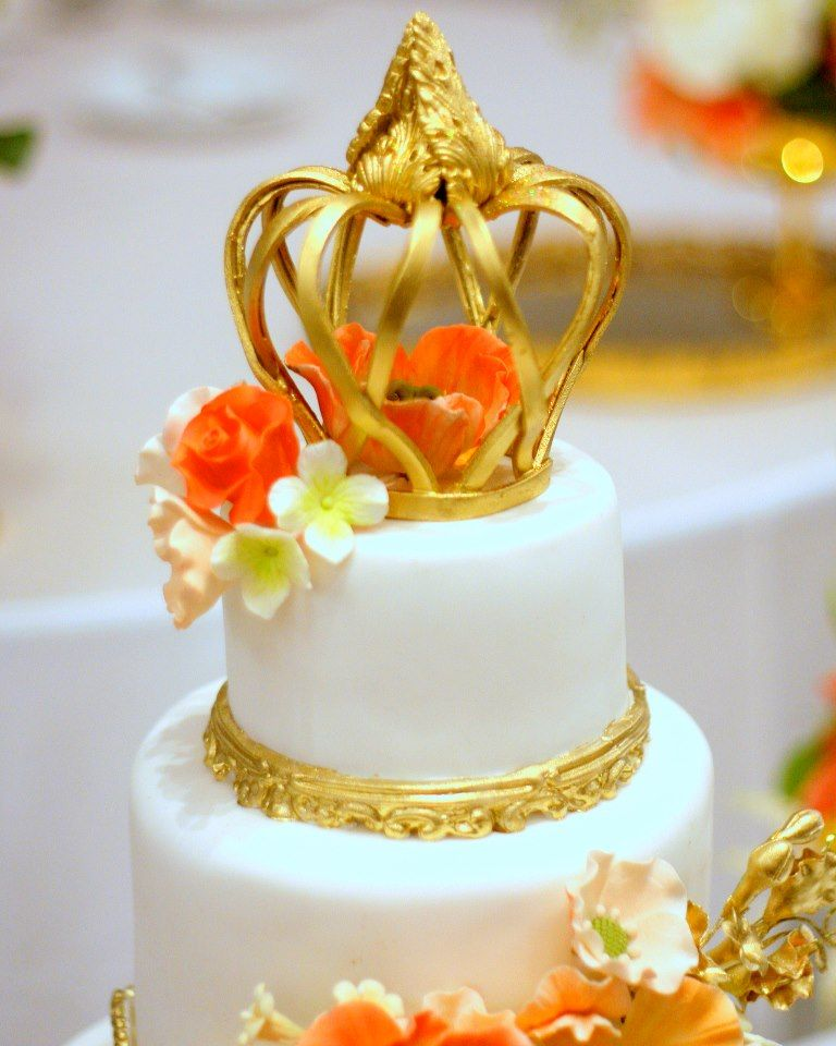 Gold Crown Cake | Birthday & Special Event Cakes | Pinterest | Crown ...