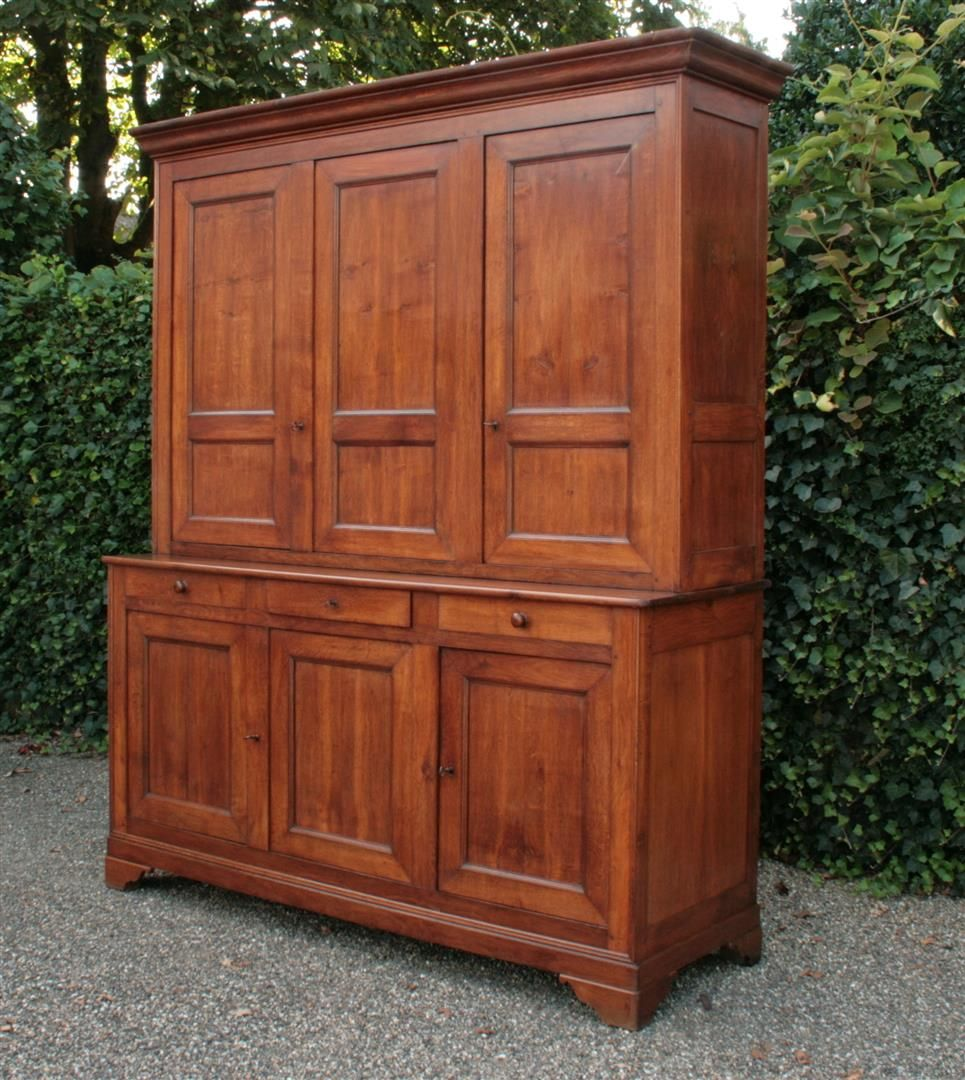 Antique Cabinets Antique Furniture Antique Wardrobe Antiques Online Antiques Franse Kast Antieke Kast Antiek Interieur