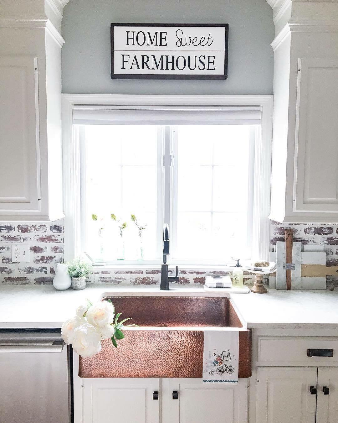 Love This Sink And The White Washed Brick Backsplash Farmhouse Sink Kitchen Rustic Kitchen Sinks Rustic Farmhouse Kitchen