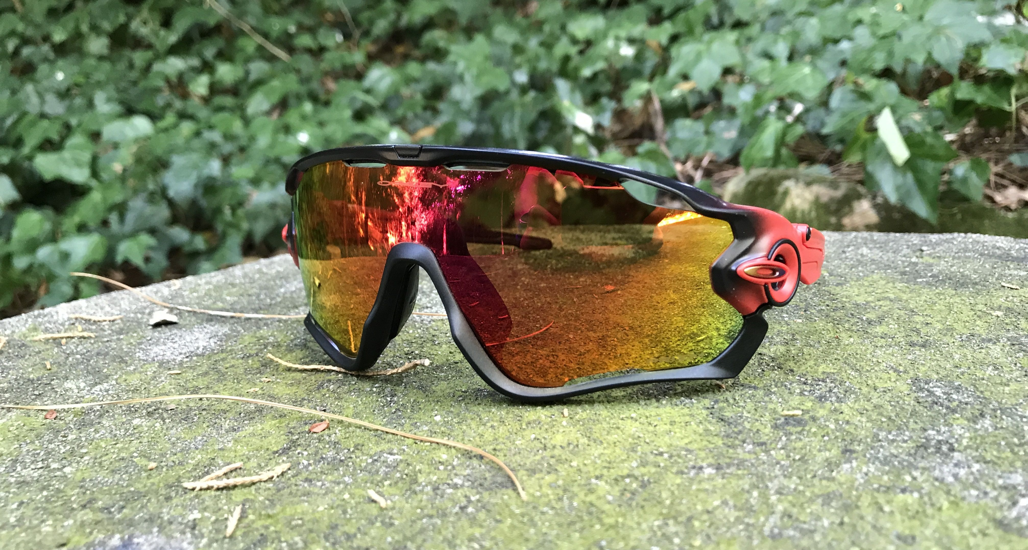 Teste aos óculos Oakley Jawbreaker Prizim Ruby Fade Collection