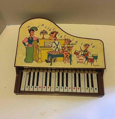 Vintage Toys R Us Geoffrey Family Band Grand Piano Musical