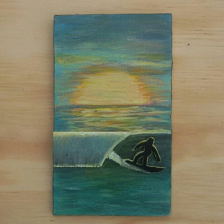 Sunset left. Made out of wood and neoprene recyclef. 9cm x 15cm.