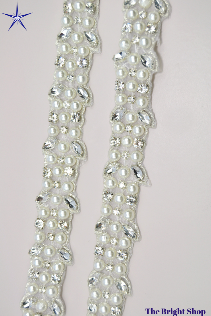 1 Yard Silver Wedding Bridal Belt Crystal Rhinestone Applique Beaded Trim Dress