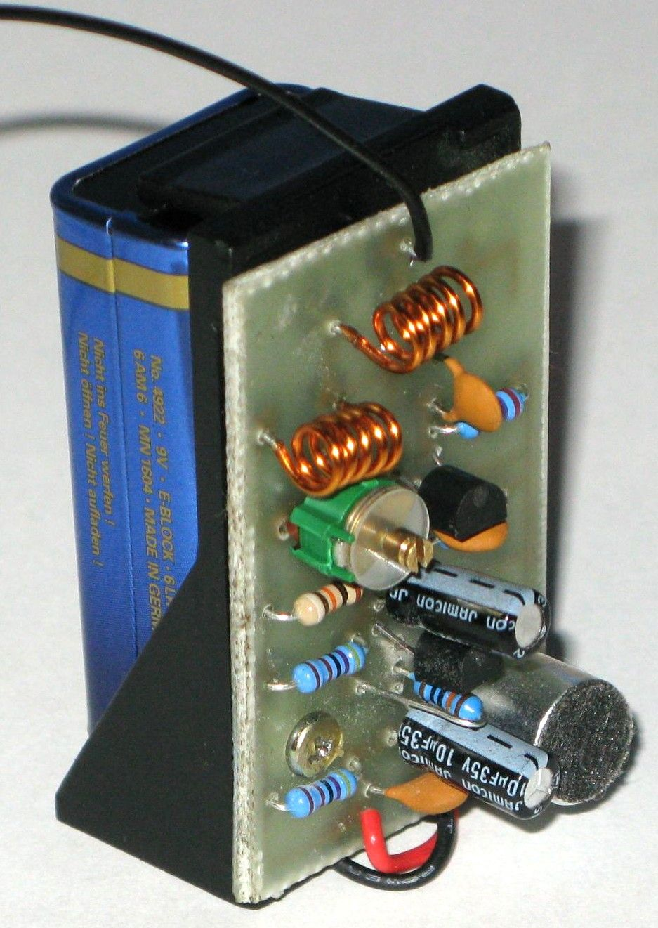 Simple Radio Transmitter Circuit