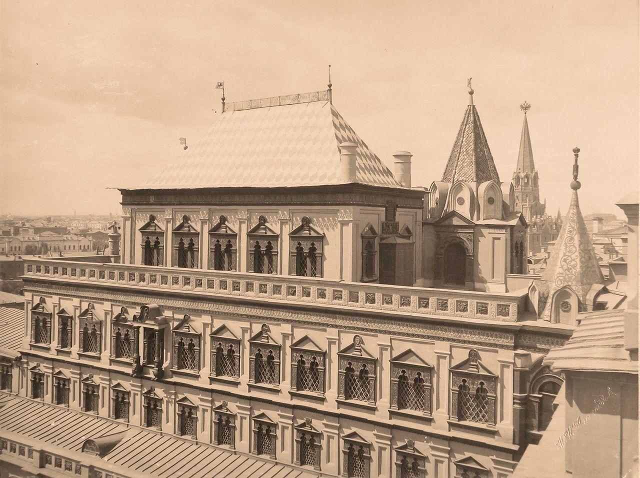 два фото теремной дворец все