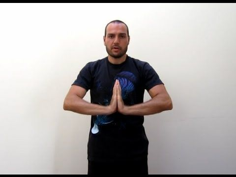▶ Wrist Stretches you can do while sitting or standing - YouTube