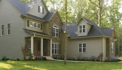 Best Cedar Shake Vinyl Siding Has That Rugged Natural Look For Half The Cost In 2019 Vinyl Siding 640 x 480