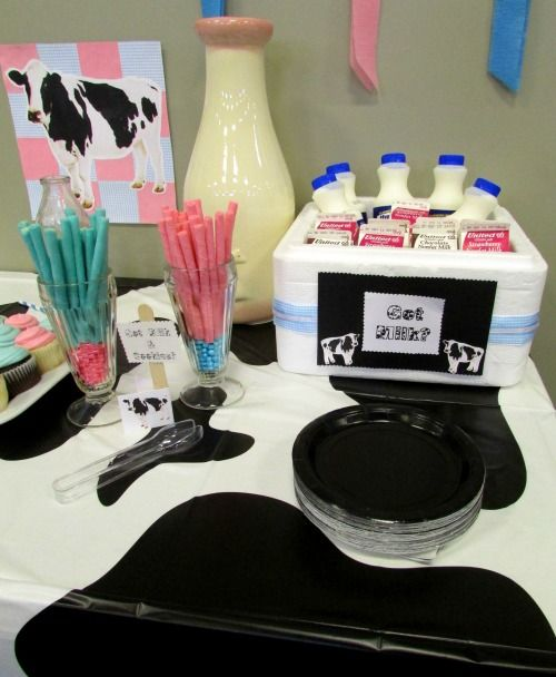 Moo #Cow #Gender #Reveal #Baby #Shower Ideas. Place Pink And