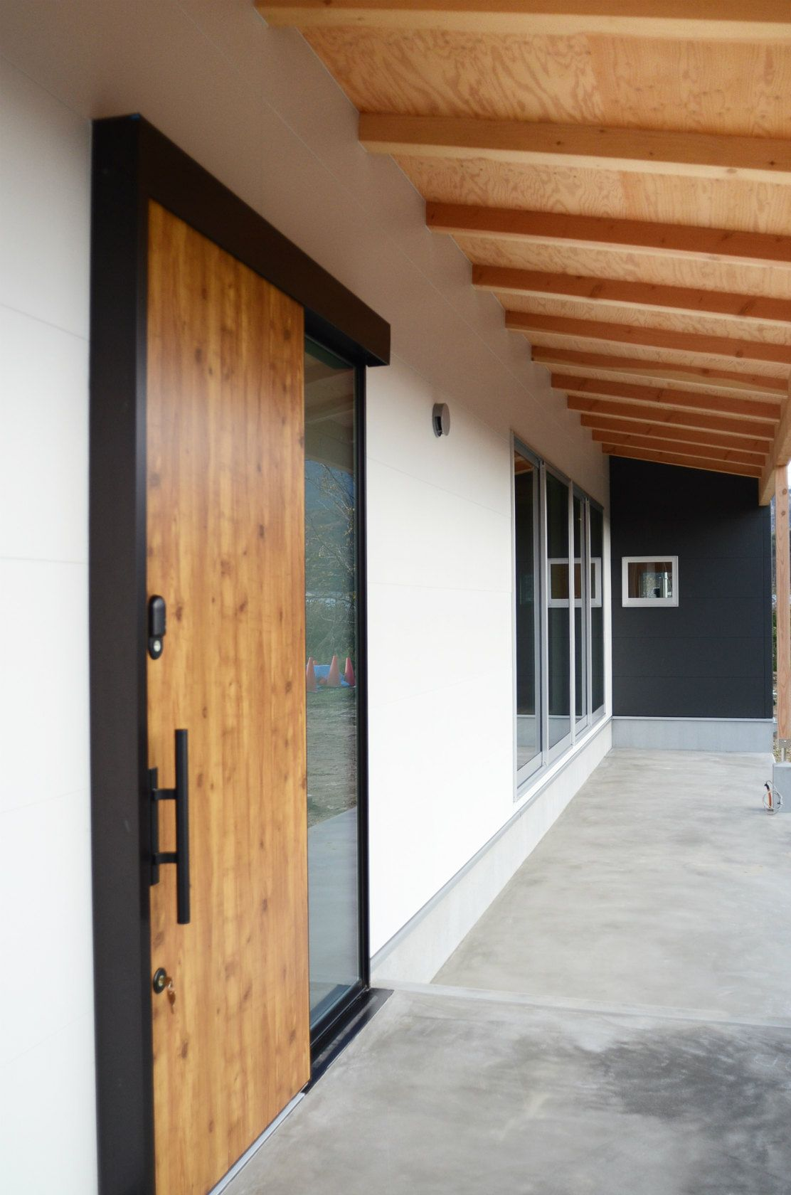 自然を楽しみながら暮らす平屋の家 大崎上島町 321house ミツイハウス の写真集 広島 注文住宅 工務店 2020 平屋の家 新築 インテリア ハウス