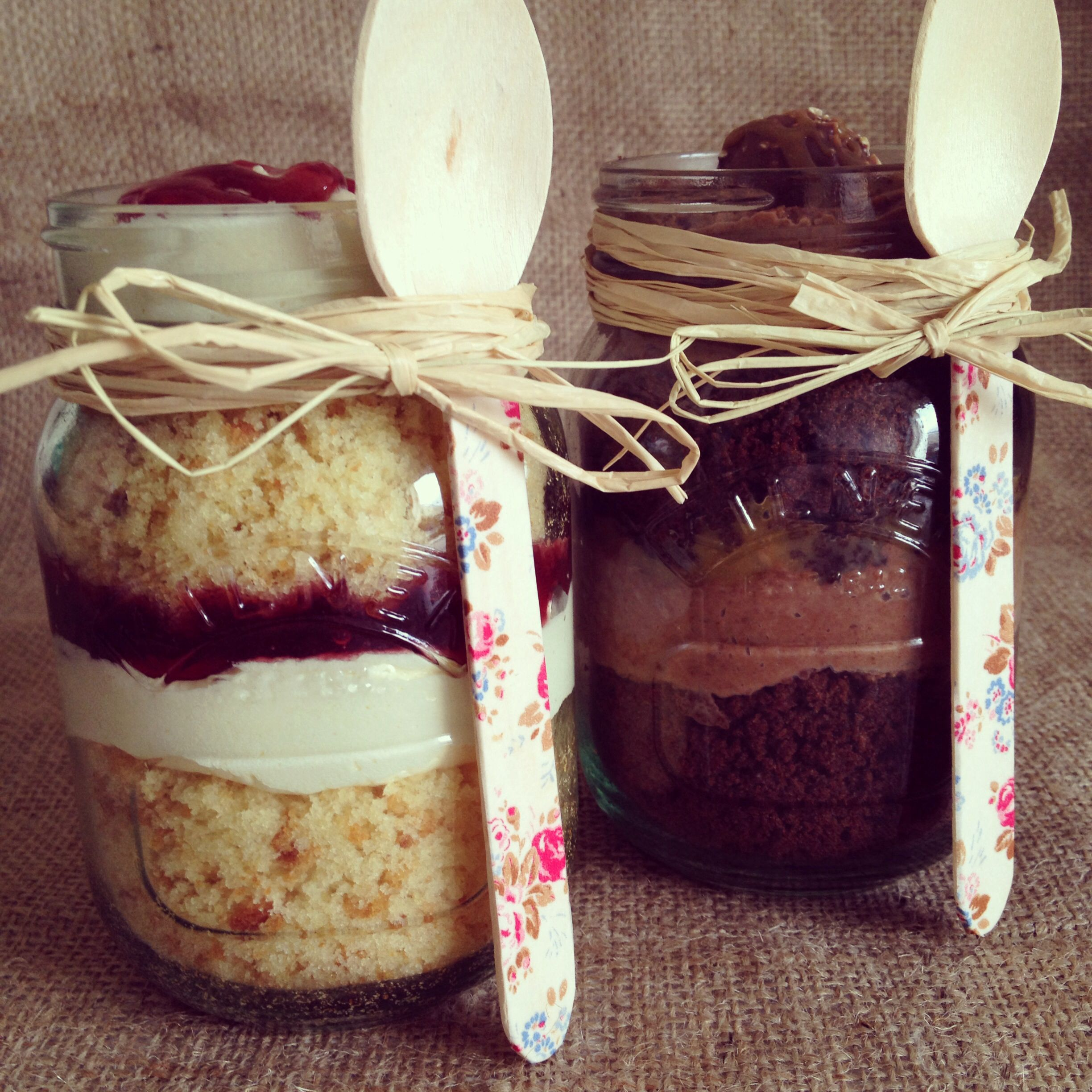 Cake Jars Victoria Sponge And Chocolate Sponge All Together In