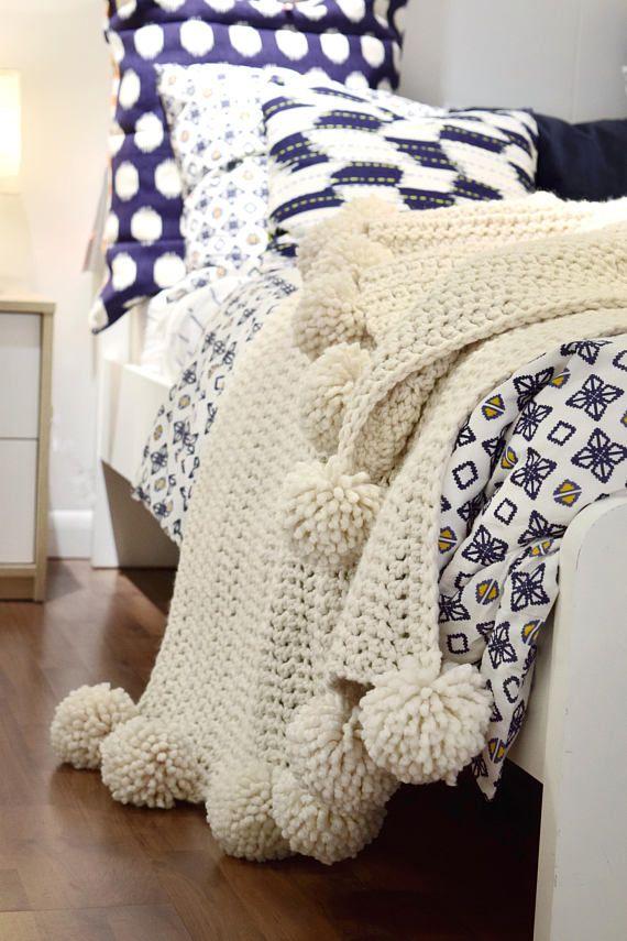 CROCHET PATTERN ⨯ Chunky Throw Blanket Afghan With Poms ⨯ Crochet Enchanting Cream Chunky Throw Blanket