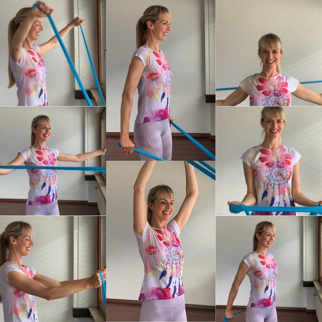 """ein Workout mit Theraband für die Schultern, um sie zu stärken und wieder beweglich zu machen.  . Besonders wichtig für diejenigen, deren Schultern nach vorne fallen und die Brustmuskeln schon """"verkürzt"""" sind. . Jede Übung 12-20 Mal wiederholen und 1-3 Runden. Oder Du suchst dir nur 3-5 Übungen heraus und wechselst beim nächsten Workout-Tag ab.  . 8 Übungen zum Genießen: 1. Theraband an der Heizung einhängen (am Drehgriff), Arme leicht gebeugt und wie ein V nach oben anheben und nur soweit absen"""