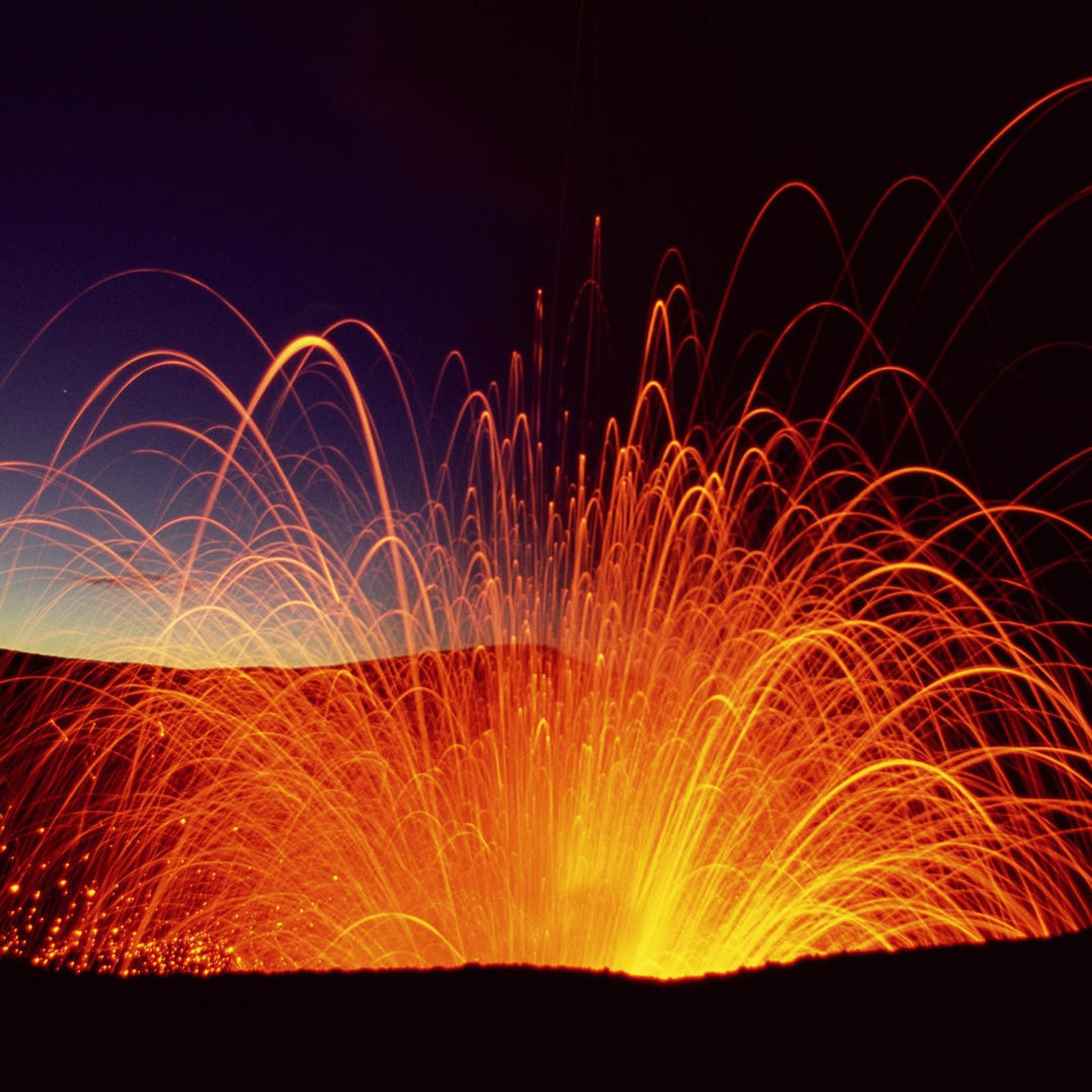 #Fire and #Lava at night! #ipad #retina #wallpaper