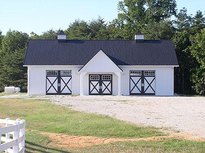 white-barn-with-sliding-doors.jpg (421×315)