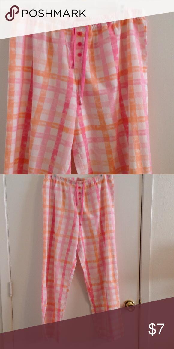 Pajama Bottoms 💯 percent cotton pajama bottom with a draw string waistline in a size large. Adonna Intimates & Sleepwear Pajamas