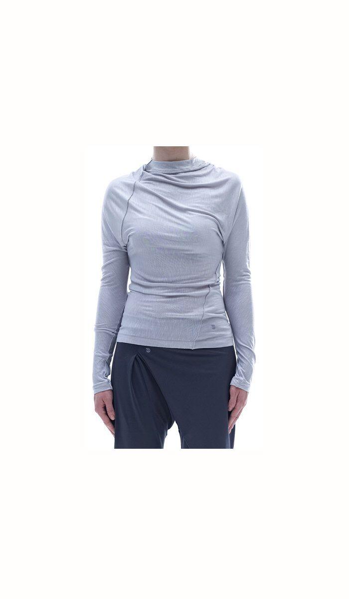 PROMO/ Arya Yoga Twisted Top/ Yoga Clothing/ Long Sleeves Casual Blouse by AryaSense by AryaSense on Etsy https://www.etsy.com/listing/184030386/promo-arya-yoga-twisted-top-yoga