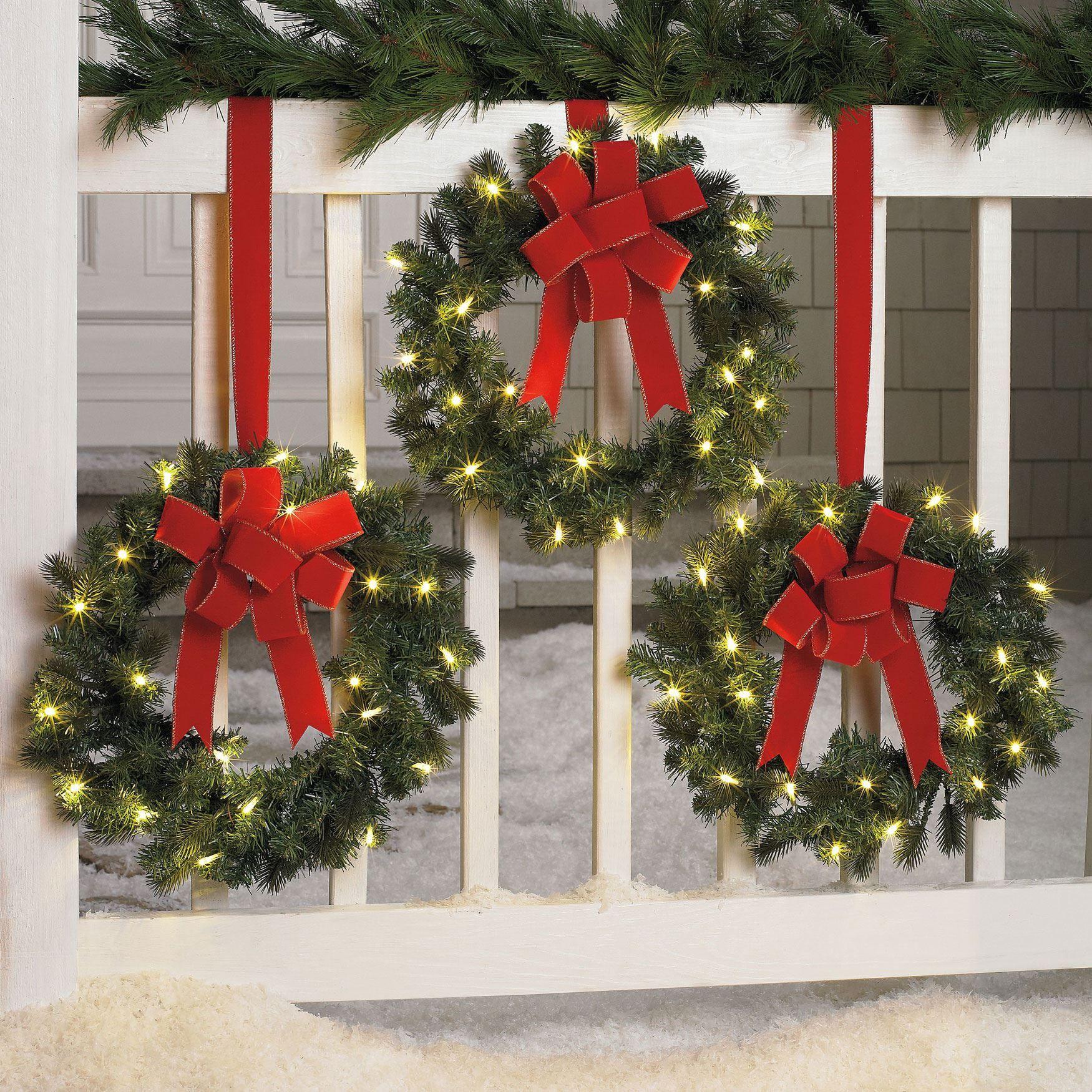 Set Of 3 Cordless Pre Lit Mini Christmas Wreaths Christmas Wreaths With Lights Christmas Wreaths Outdoor Christmas Diy