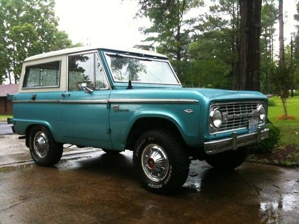 1965 Ford Bronco Ain T She A Bute Ford Bronco Classic
