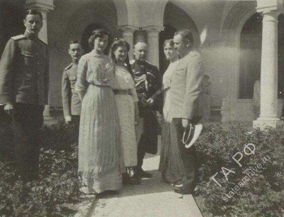 "Grans Duchesses Tatiana,Maria and Olga Nikolaevna Romanova of Russia with others at the Lividia Palace complex. ""AL"""