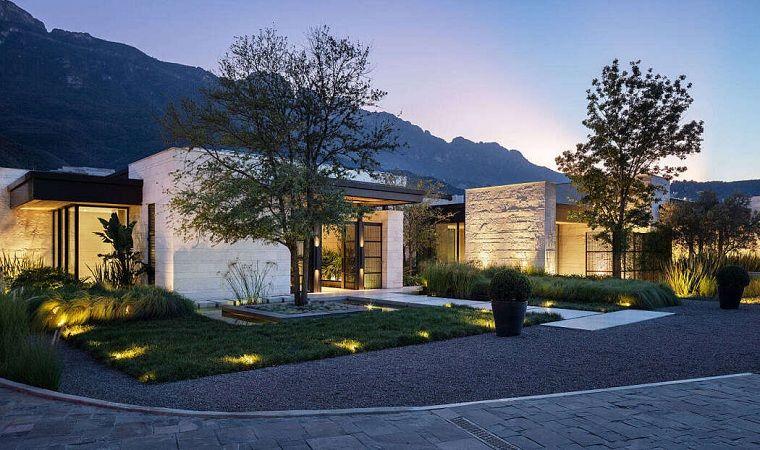 Iluminacion Jardin Como Combinar Belleza Y Practicidad Exterior House Styles Design