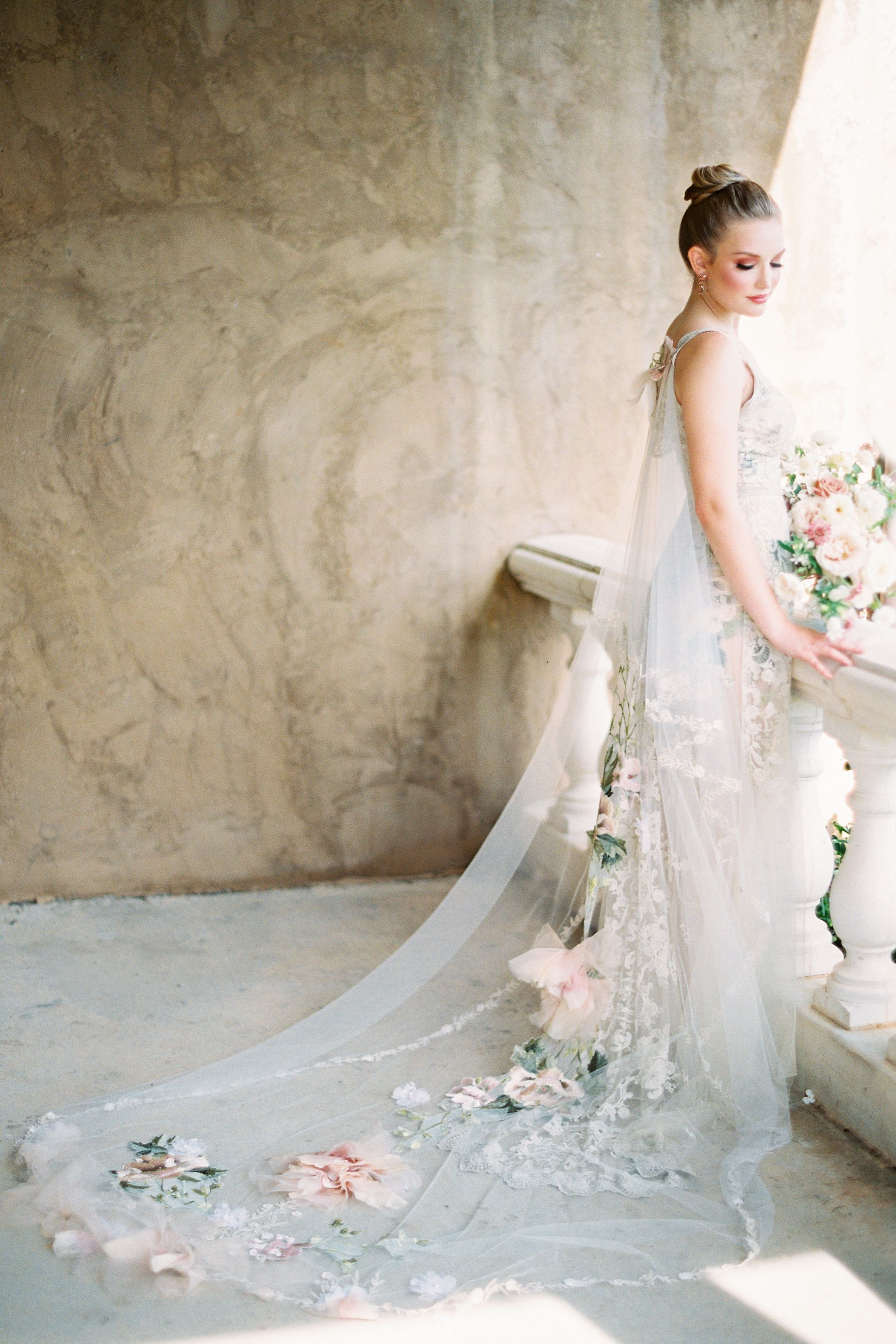 Pin On Garden Wedding Style And Bridal Gowns [ 3067 x 2045 Pixel ]