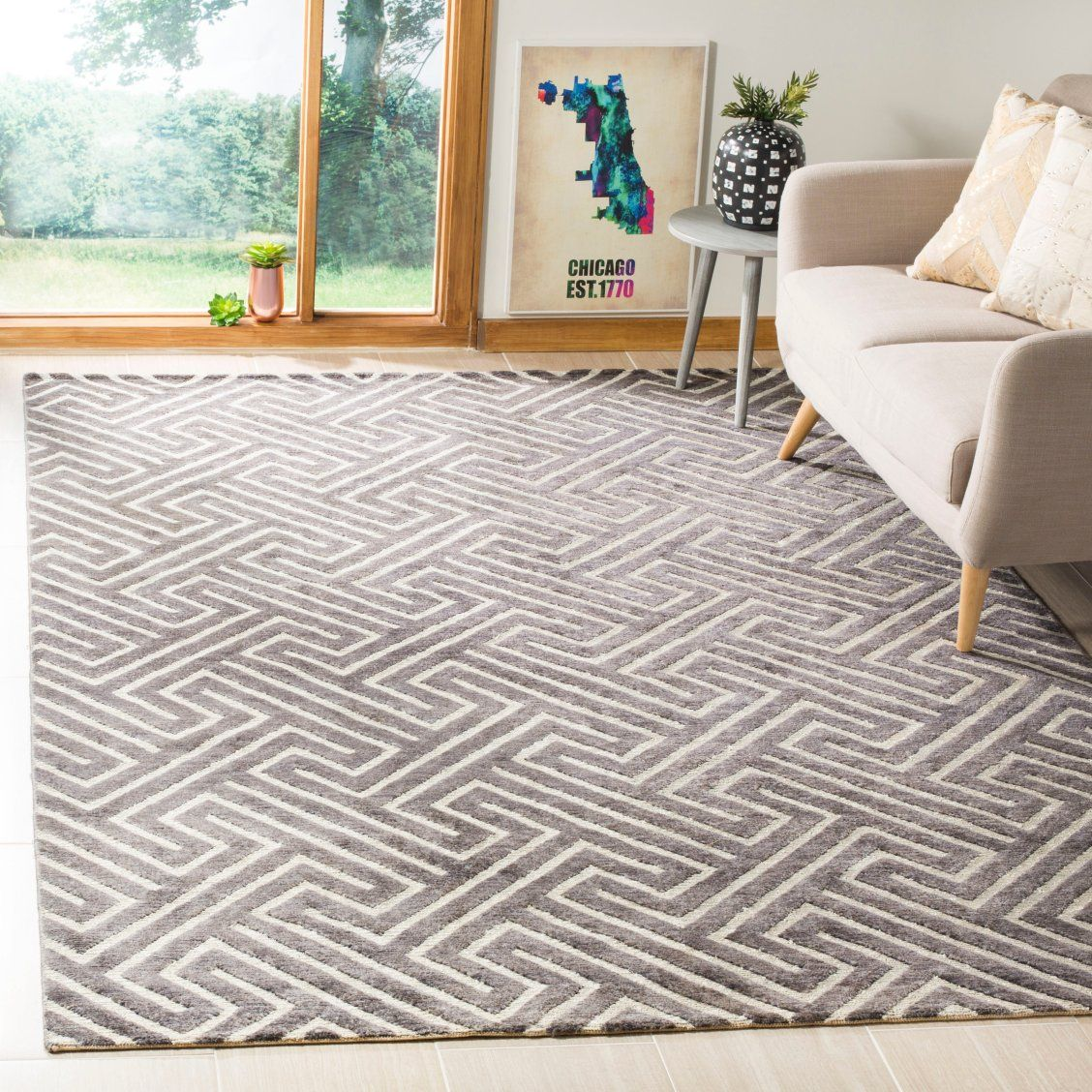 Using Two Ancient Weaves Distinguishes This Transitional Rug From The Santa Fe Collection By Safavieh Crafted With Contrasting Wool Cut Pile In Black