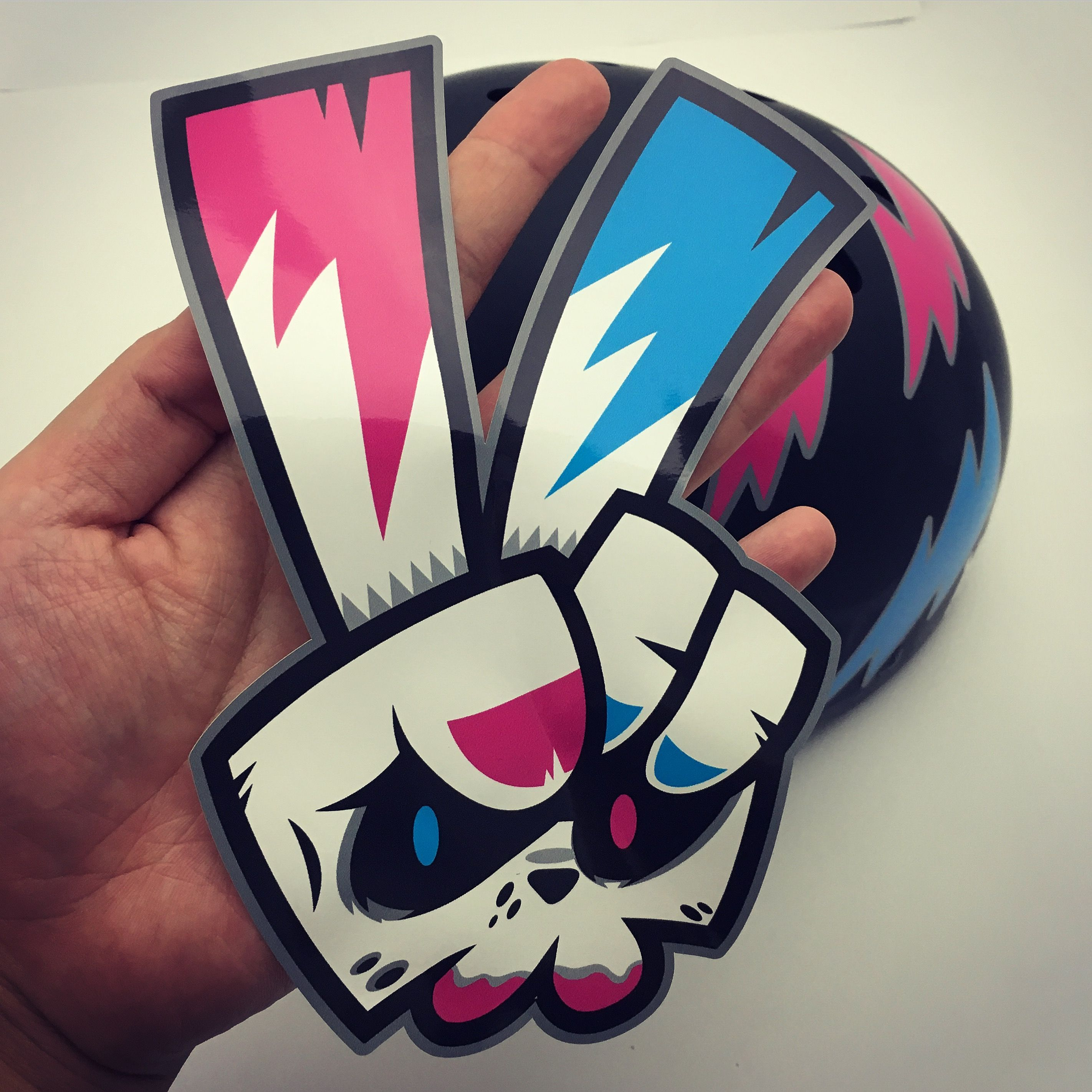 Bike rabbit. 'BABBITRUN' Extreme brand character snowboard helmet tuning sticker graphicer design. Designed by DOLDOL.  www.graphicer.com.  #Snowboard #skateboard #sk8 #longboard #surf #hiphop #bike #graphicer #mtb  #스노우보드 #롱보드 #그래피커 #토끼 #할리퀸 #헬멧 #graffiti #character #돌돌디자인 #일러스트 #rabbit #stickers #인스타그램 #스티커 #runing #illustration #헬멧스티커 #helmet #스노우보드스티커 #바빗런 #babbitrun #헬멧튜닝 #캐릭터디자인 #캐릭터 #doldoldesign