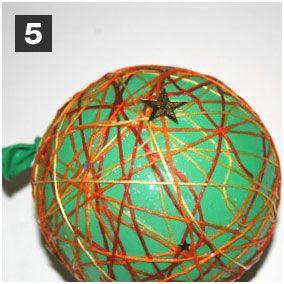 Bastelanleitung für Kinder: Christbaumkugel - Schritt 5