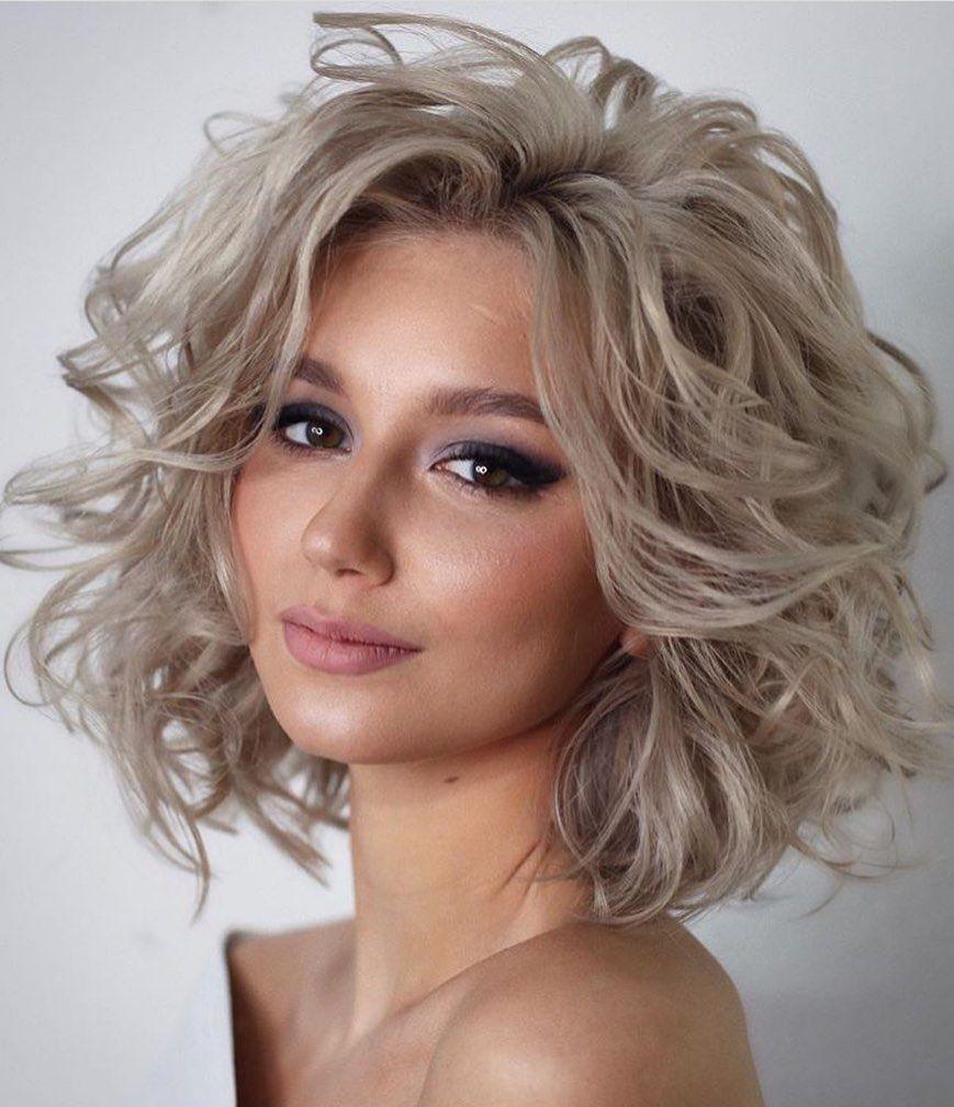 Hairstyle Catalogue On Instagram Brilliant Hair By Lenabogucharskaya Hairtransfor Medium Hair Styles Hair Styles Medium Length Hair Styles