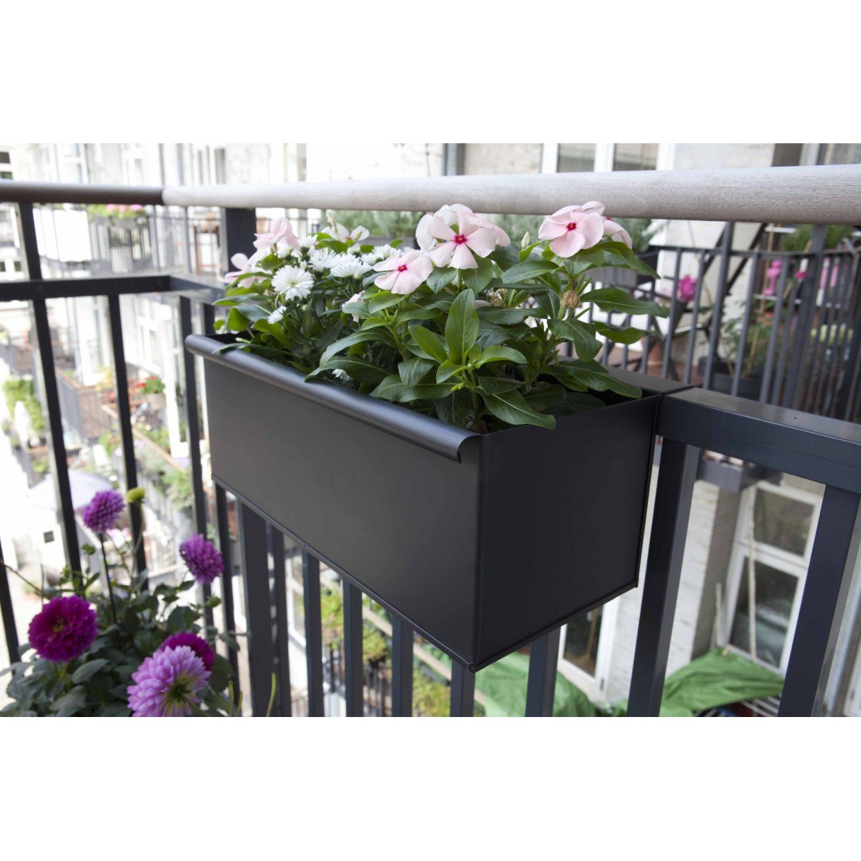 Altanbutikken shop | balconies | pinterest | planter pots, balcony and magazine rack