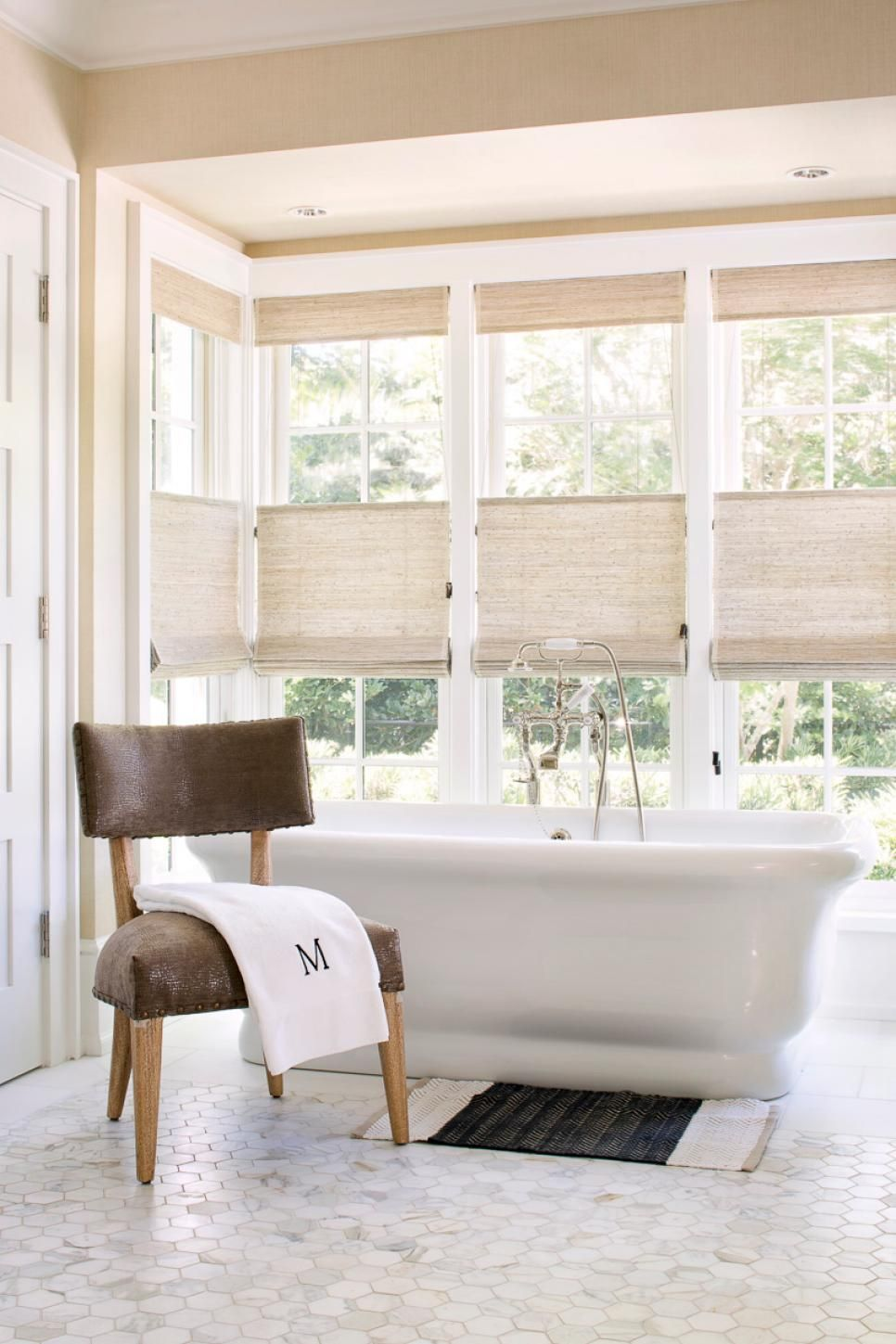 Popular window coverings   top window treatment trends  window neutral bathroom and window